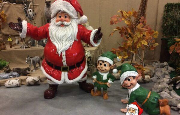 Kerstman met elfen